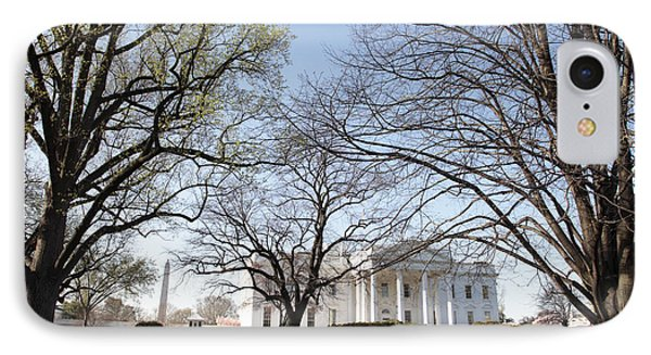 The White House And Lawns IPhone 7 Case