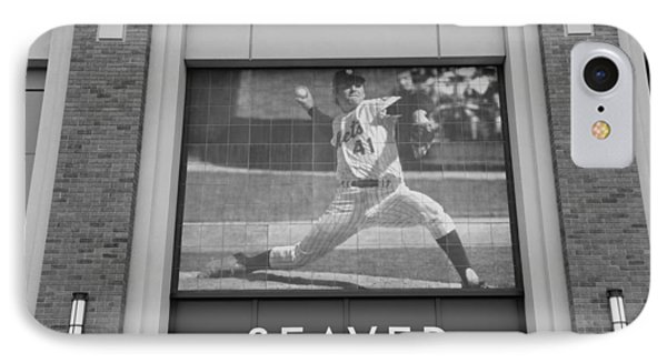 Tom Seaver 41 In Black And White Phone Case by Rob Hans