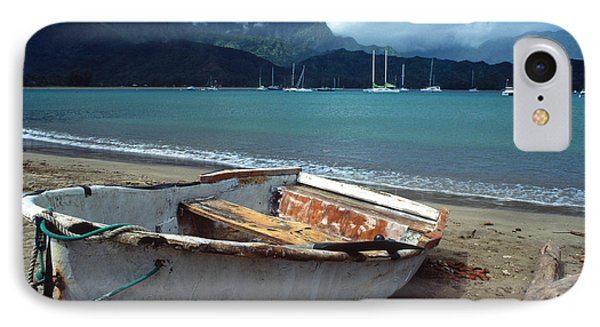 Waiting To Row In Hanalei Bay Phone Case by Kathy Yates
