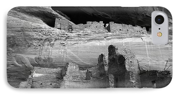 White House Ruin Canyon De Chelly Monochrome Phone Case by Bob Christopher