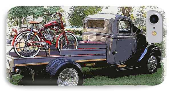 Wizzer Cycle At The Hot Rod Show Phone Case by Steve McKinzie