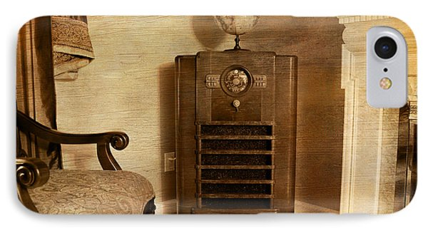 Zenith Consol Radio 1940's  Phone Case by Paul Ward