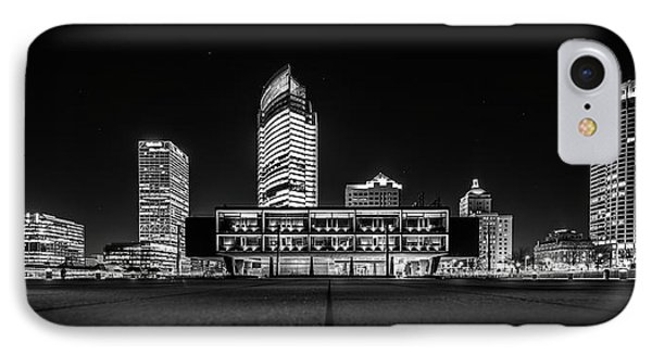 IPhone 7 Case featuring the photograph Milwaukee County War Memorial Center by Randy Scherkenbach