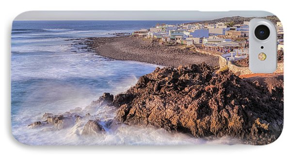 Canary iPhone 7 Case - El Golfo - Lanzarote by Joana Kruse