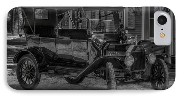 1916 Ford - Model T IPhone Case by Liane Wright