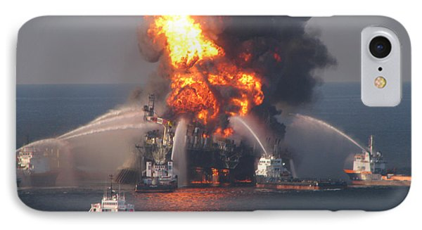 Deepwater Horizon Fire, April 21, 2010 IPhone Case by Science Source