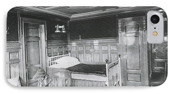 Parlour Suite Of Titanic Ship Phone Case by Photo Researchers