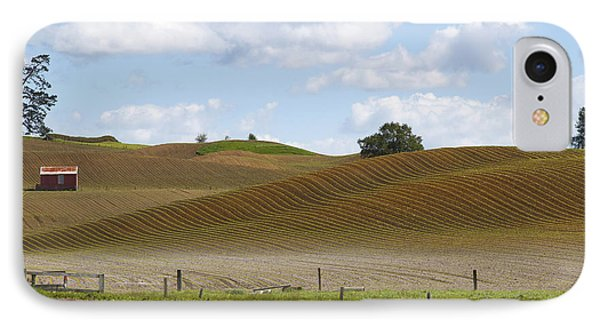 Barn In Field IPhone Case by Les Cunliffe
