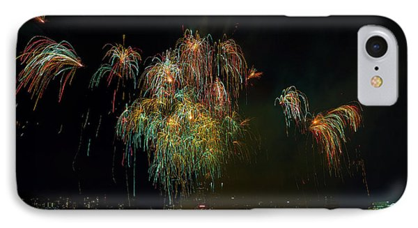 4th Of July Fireworks From The Barge Portland Oregon Phone Case by David Gn