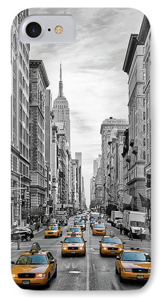 Street iPhone 7 Case - 5th Avenue Nyc Traffic by Melanie Viola