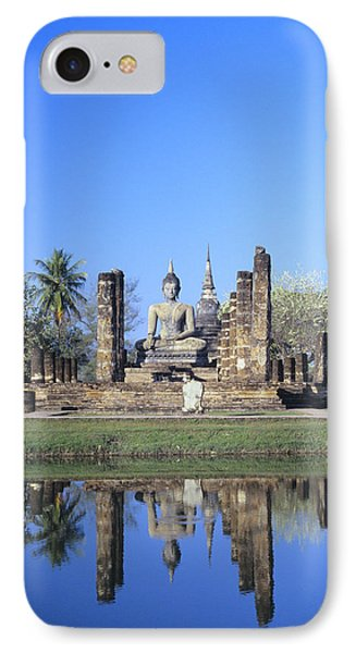 Wat Mahathat Phone Case by Gloria & Richard Maschmeyer - Printscapes