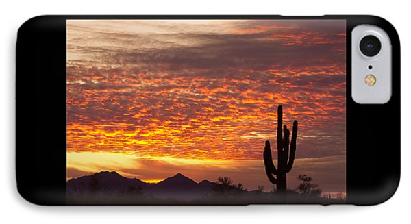 Arizona November Sunrise With Saguaro   IPhone 7 Case