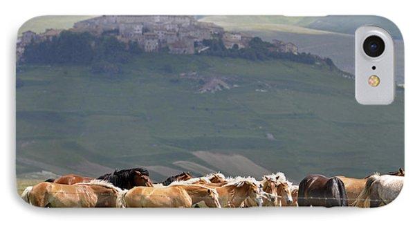 Castelluccio Di Norcia, Parko Nazionale Dei Monti Sibillini, Italy IPhone 7 Case