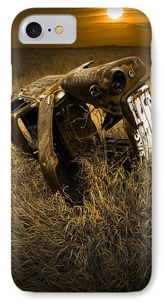 Auto Wreck In A Grassy Field On The Prairie At Sunset IPhone 7 Case
