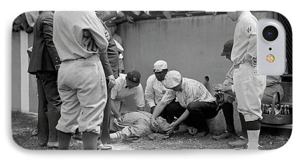 Babe Ruth Knocked Out By A Wild Pitch IPhone 7 Case