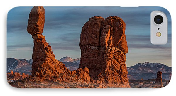 iPhone 7 Case - Balanced Rock Sunset by Dan Norris