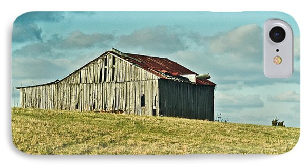 Barn In Ill Repir Phone Case by Douglas Barnett