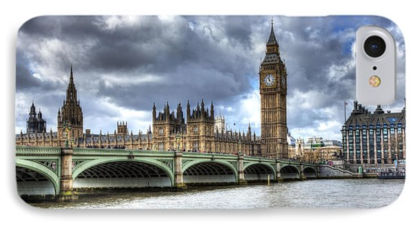 IPhone Case featuring the photograph Big Ben And Thames by Shawn Everhart