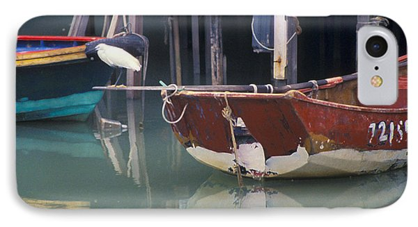 Bird On Boat Oar - Hong Kong Phone Case by Gordon Wood