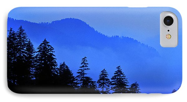 IPhone Case featuring the photograph Blue Morning - Fs000064 by Daniel Dempster