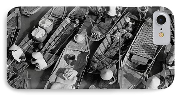 Boats, Hoi An, Vietnam Phone Case by Huy Lam