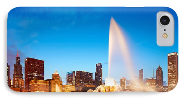 Buckingham Fountain And Downtown Chicago Skyline At Twilight - Grant Park Chicago Illinois IPhone Case by Silvio Ligutti