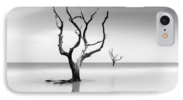 Bull iPhone 7 Case - Boneyard Beach Xv by Ivo Kerssemakers