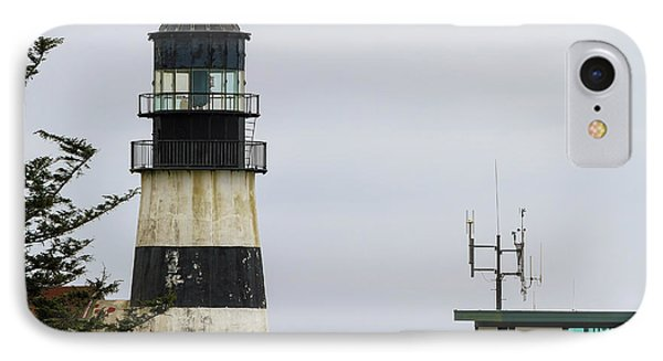 Cape Disappointment Lighthouse Closeup Phone Case by David Gn