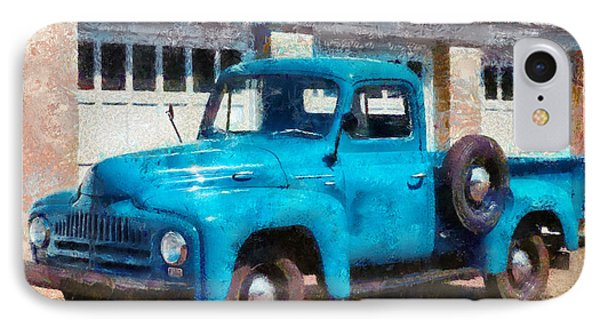 Car - Truck - An International Old Truck Phone Case by Mike Savad