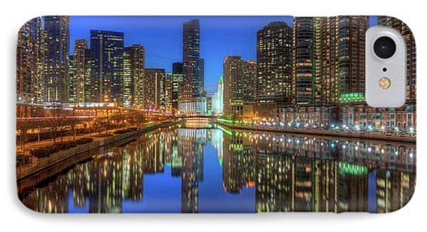 Chicago River East Phone Case by Steve Gadomski