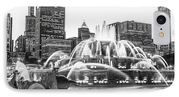 Chicago Skyline Black And White Pic IPhone Case