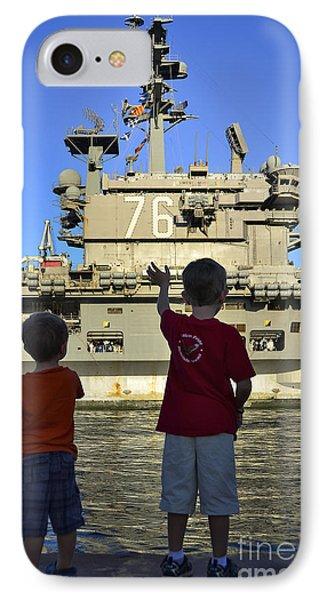 Children Wave As Uss Ronald Reagan Phone Case by Stocktrek Images