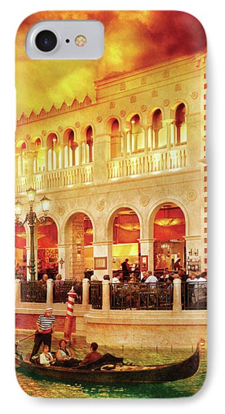 City - Vegas - Venetian - Life At The Palazzo Phone Case by Mike Savad