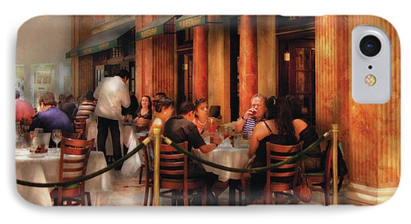 City - Venetian - Dining At The Palazzo Phone Case by Mike Savad