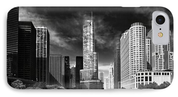 City - Chicago Il - Trump Tower Bw IPhone Case