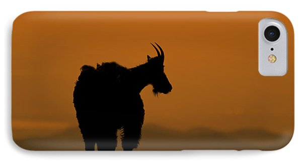 IPhone 7 Case featuring the photograph Day's End by Gary Lengyel