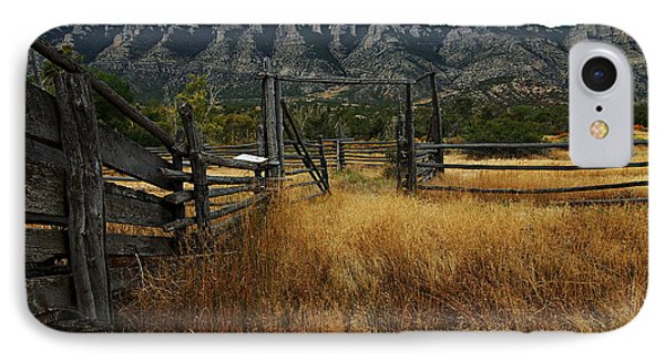 Ewing-snell Ranch 1 Phone Case by Larry Ricker