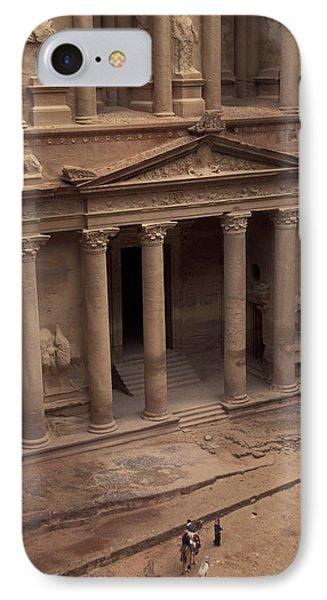 Facade Of The Treasury In Petra, Jordan Phone Case by Richard Nowitz