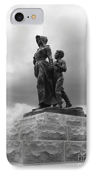 Facing The Storm Pioneer Woman Statue Oklahoma Icon   Phone Case by Ann Powell