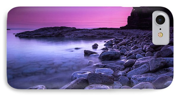 First Light On The Rocks At Indian Head Cove IPhone Case by Cale Best