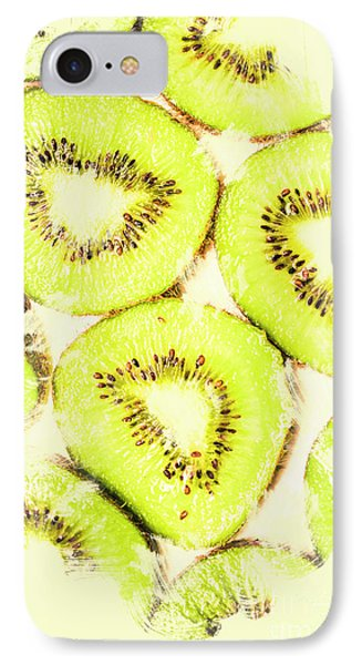 Full Frame Shot Of Fresh Kiwi Slices With Seeds IPhone 7 Case