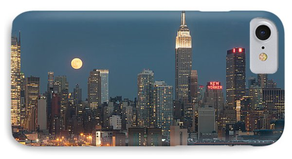 Full Moon Rising Over New York City II Phone Case by Clarence Holmes