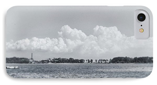 Hart Island, Nyc  IPhone 7 Case by Sandy Taylor