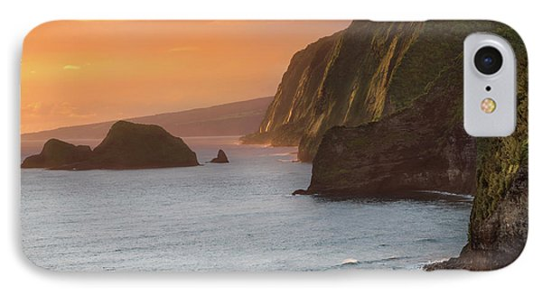 Pacific Ocean iPhone 7 Case - Hawaii Sunrise At The Pololu Valley Lookout 2 by Larry Marshall