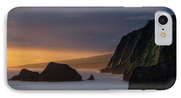 Helicopter iPhone 7 Case - Hawaii Sunrise At The Pololu Valley Lookout by Larry Marshall