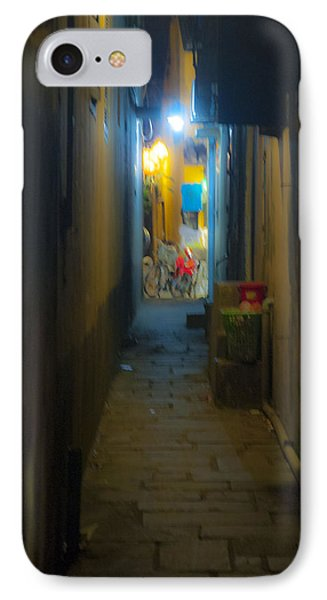 Hoi An Alleyway IPhone Case by Rob Hemphill