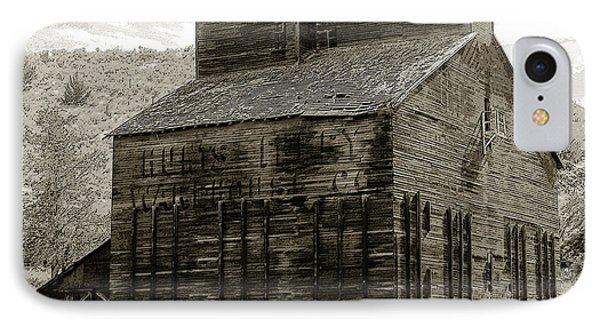 Hunts Ferry Barn Phone Case by David Lee Thompson