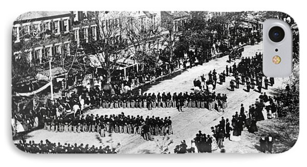 Lincolns Funeral Procession, 1865 IPhone Case by Photo Researchers, Inc.
