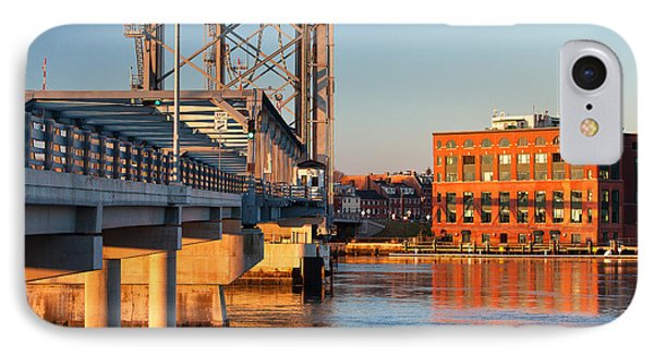 Memorial Bridge At Sunrise Phone Case by Eric Gendron