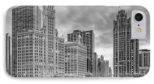 Monochrome Wrigley And Chicago Tribune Buildings - Michigan Avenue Dusable Bridge Chicago Illinois IPhone Case